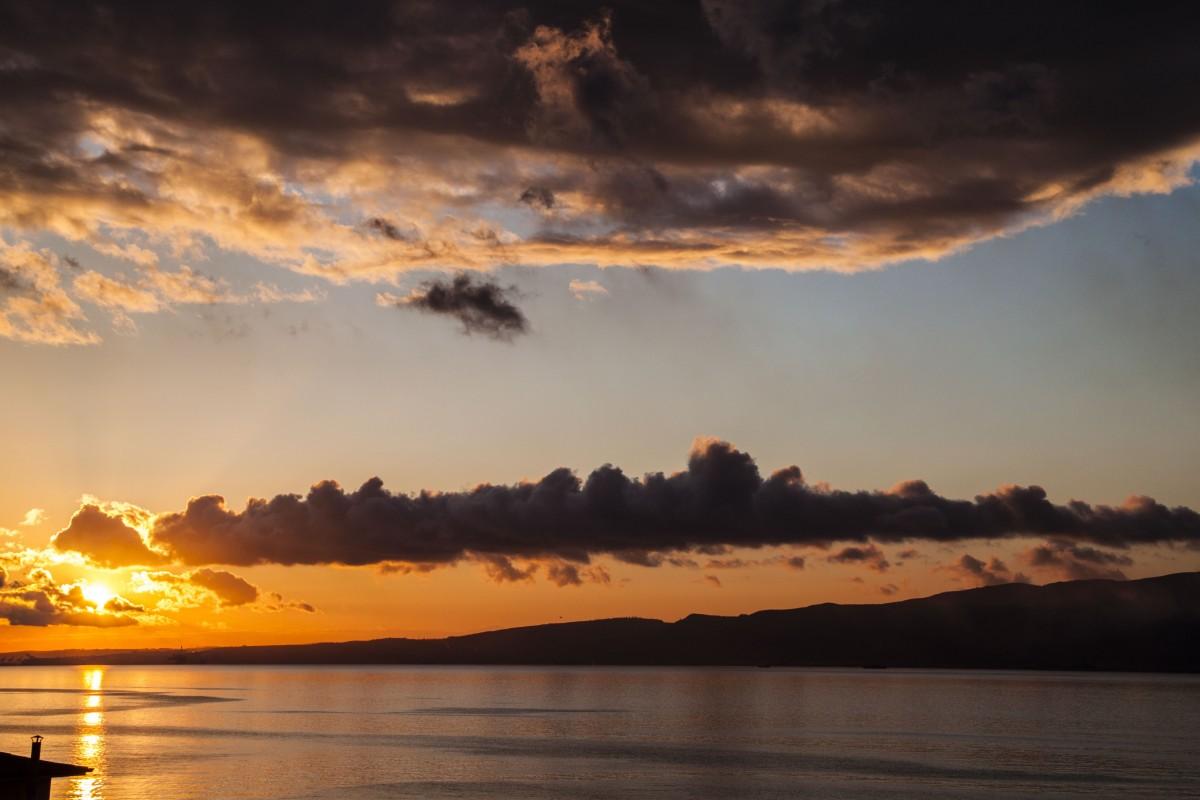 fotos gratis playa paisaje costa oceano horizonte nube amanecer puesta de sol luz de. Black Bedroom Furniture Sets. Home Design Ideas