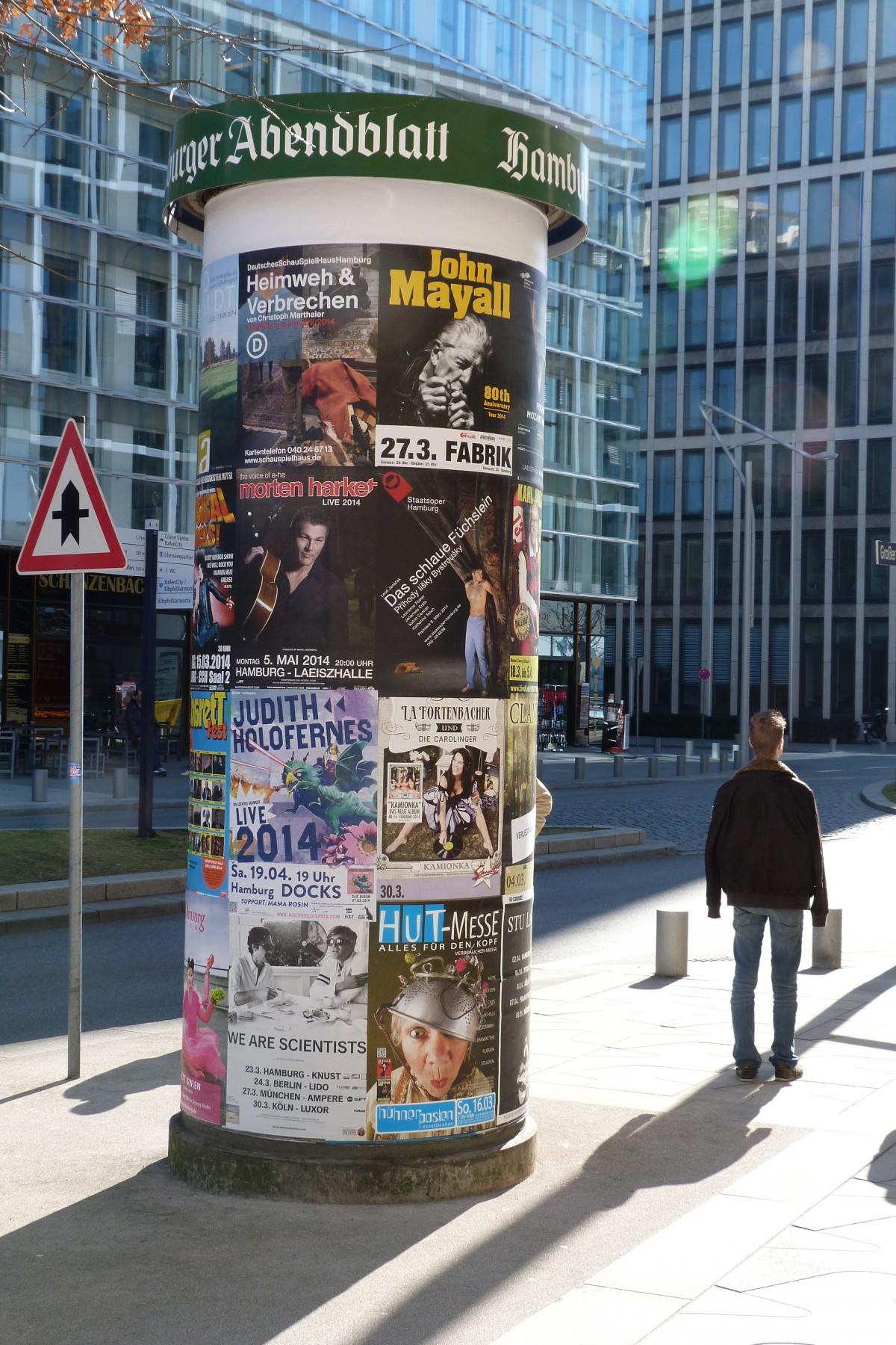 piéton route rue La publicité centre ville art affiches Pilier publicitaire zone urbaine