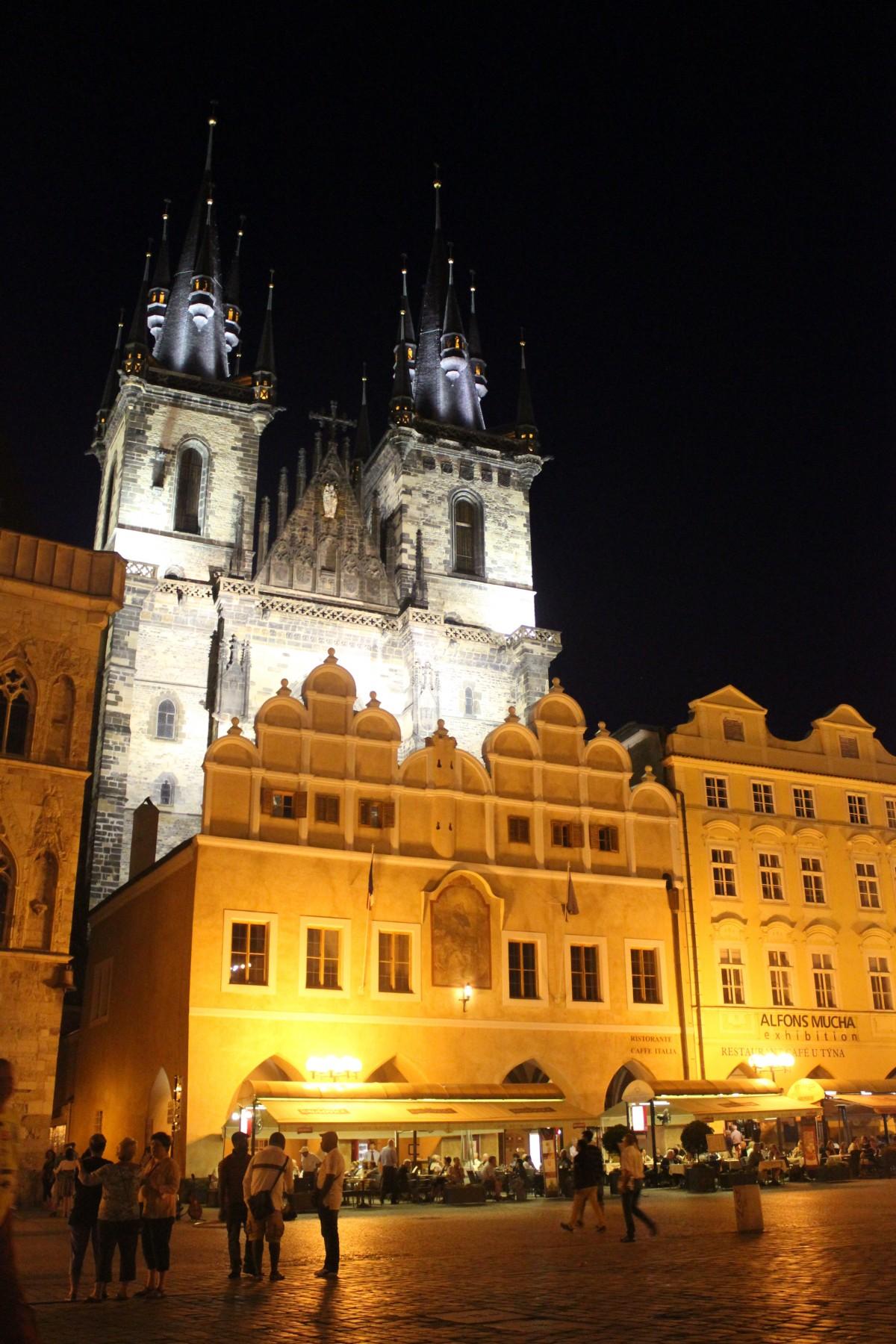 Images gratuites b timent palais vieux monument for Orientation batiment