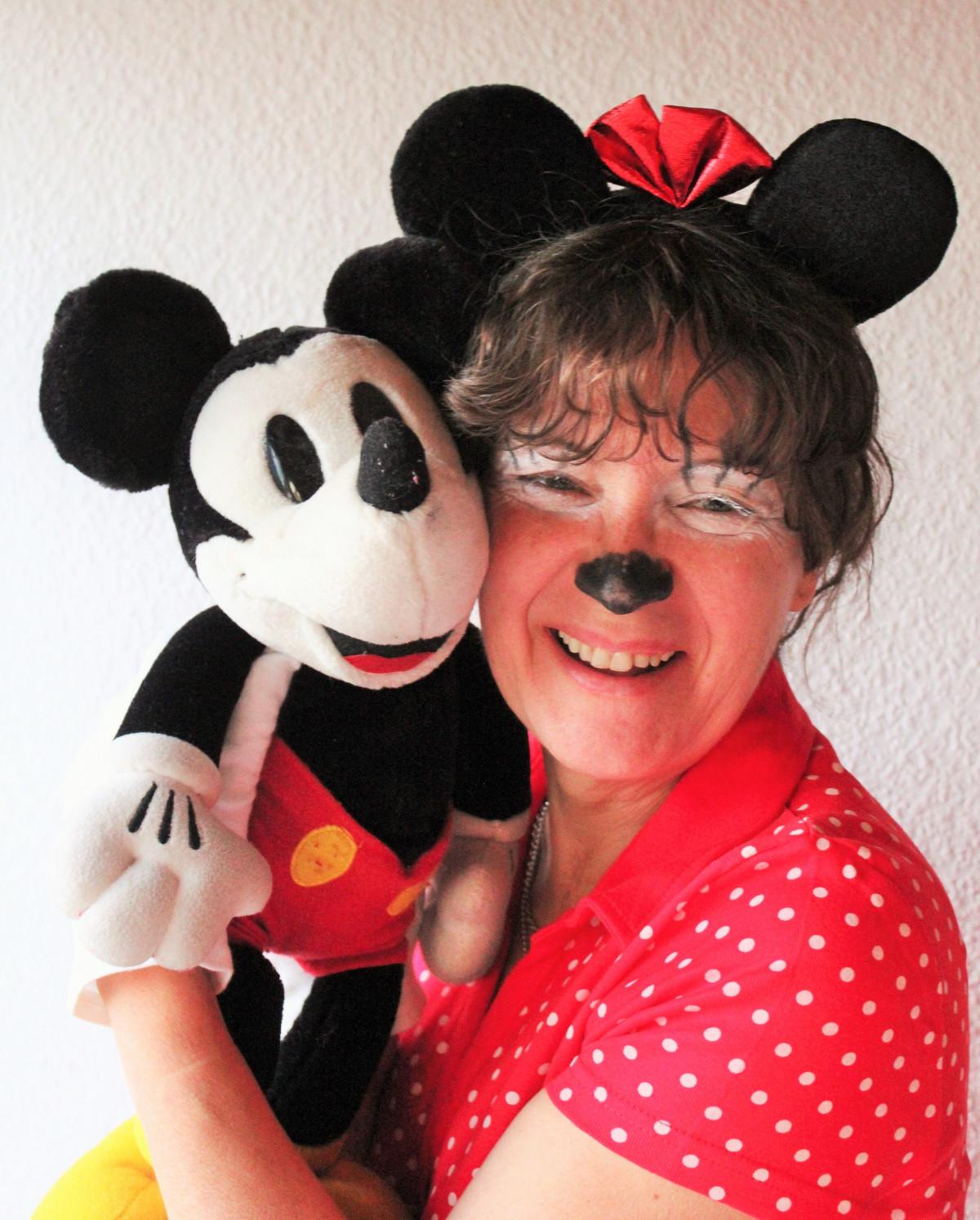Images gratuites fille femme doux portrait carnaval habill visage nez costume fondu - Habiller des filles gratuit ...