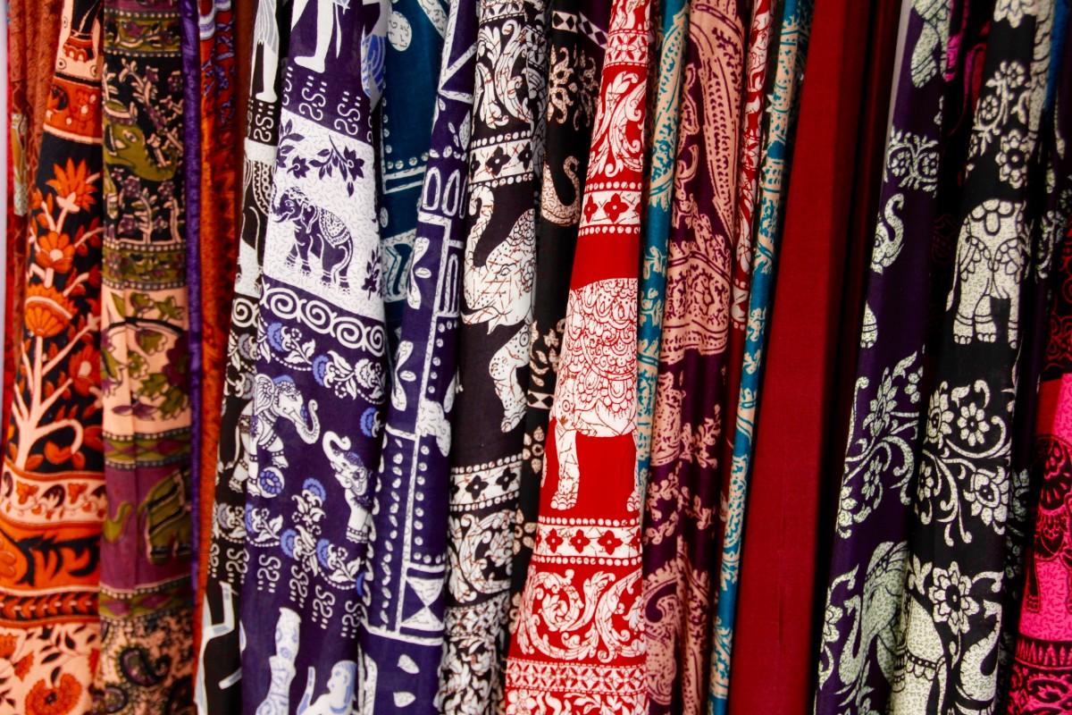 Fotos gratis : mojado, seco, patrón, enjuague, azul, ropa de calle ...