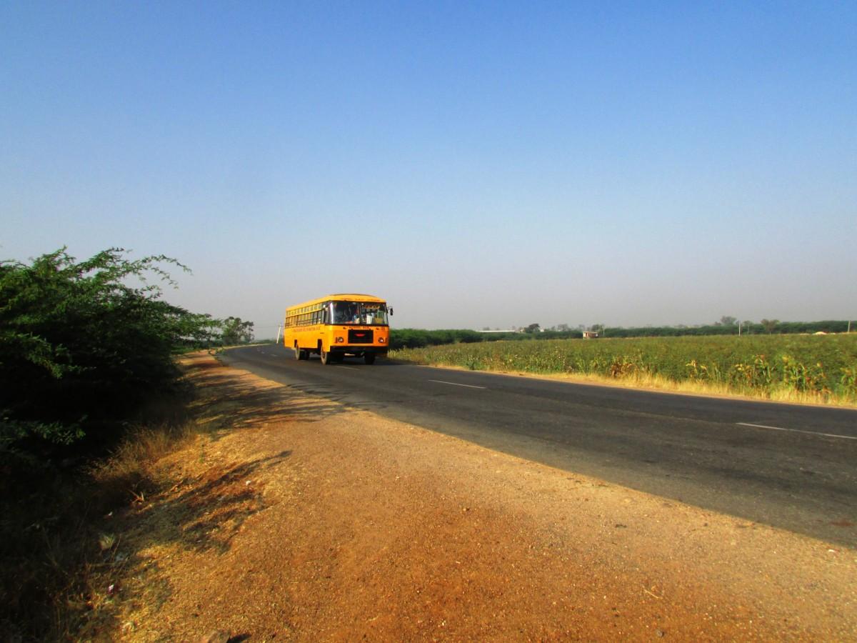 images gratuites autoroute au volant transport v hicule afrique voyage en voiture. Black Bedroom Furniture Sets. Home Design Ideas