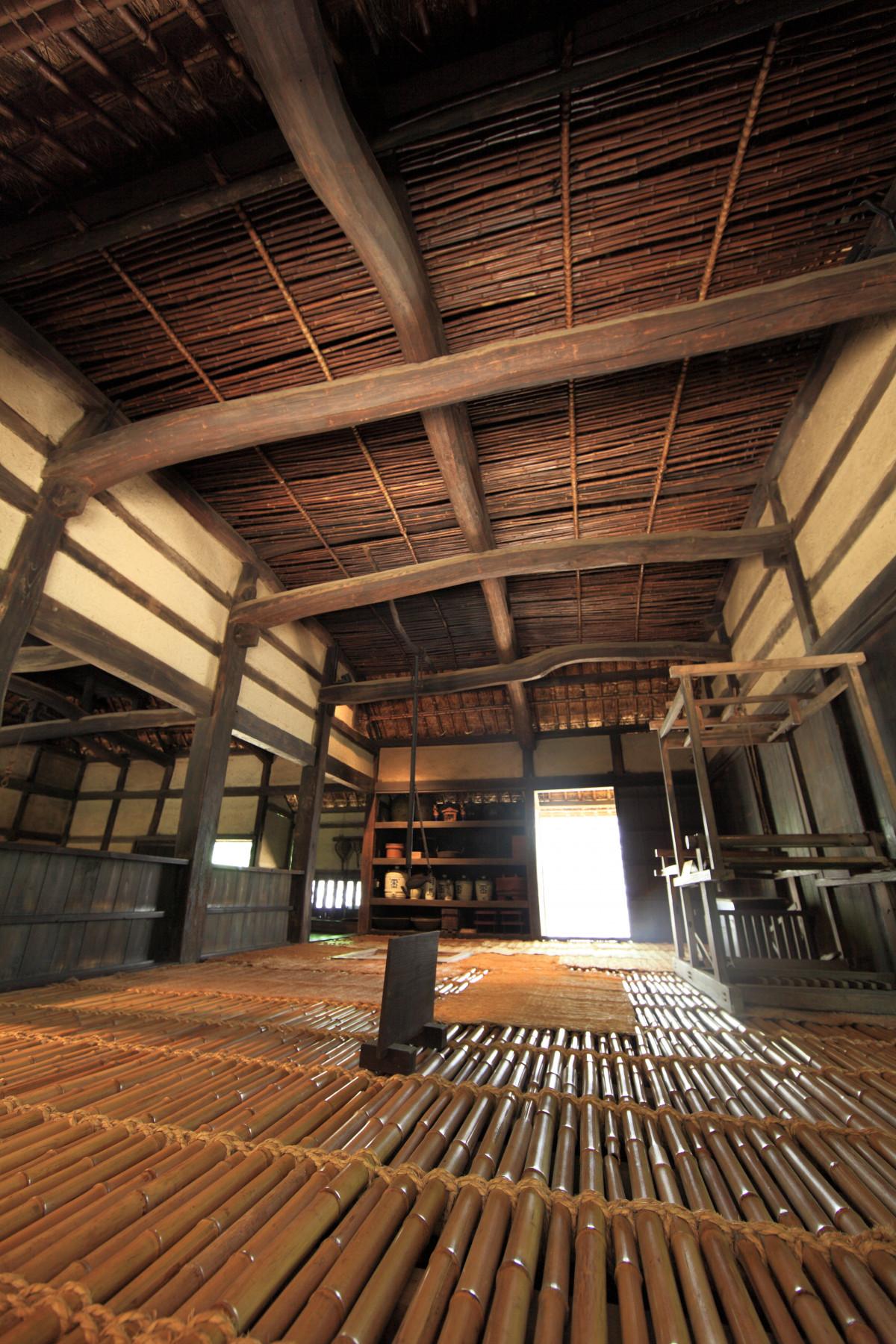 Kostenlose foto die architektur struktur holz for Halle innenarchitektur