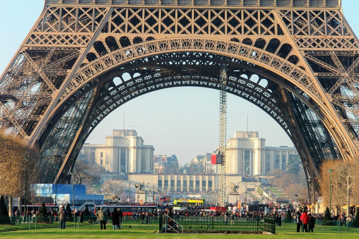 Free images tree architecture eiffel tower paris for Eiffel architect