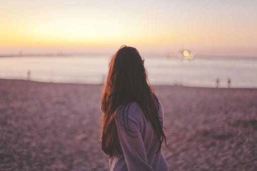 beach,sea,sand,ocean,horizon,woman