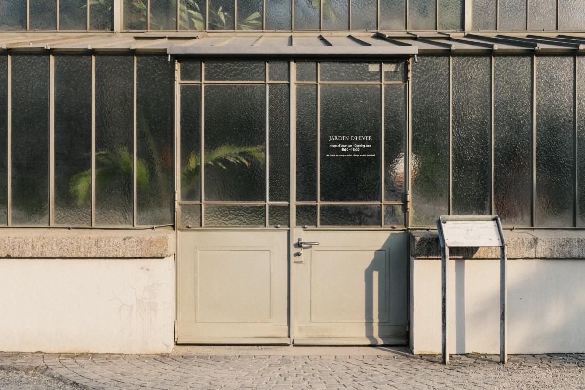 Fotos gratis ventana casa cobertizo fachada amarillo for Color de pintura al aire libre casa moderna