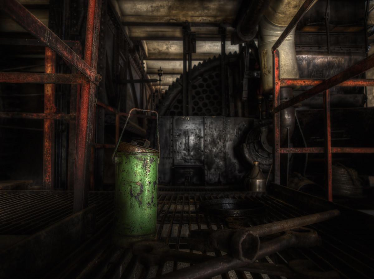 Gambar Arsitektur mistik aula rusak bayangan