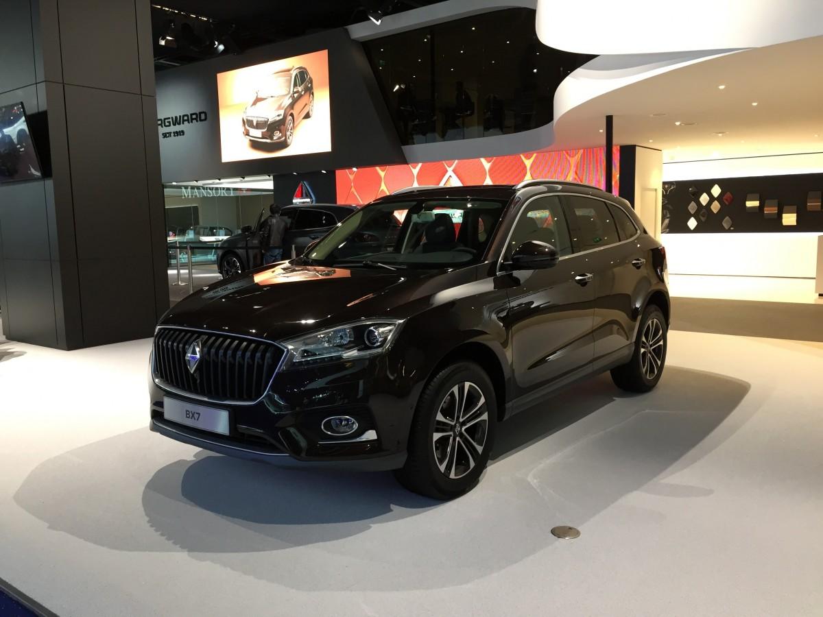 Images gratuites voiture v hicule infini japon araign e or sedan dynamique mercedes Decoration noir or luxe classe