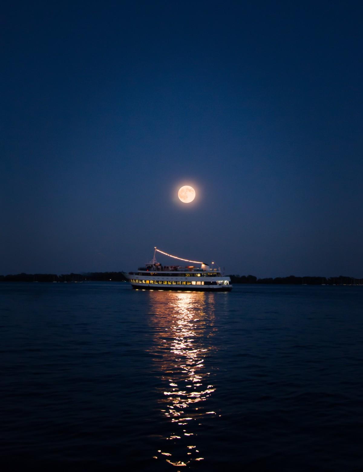 Картинки вечер море и луна, днем рождения автомобилисту