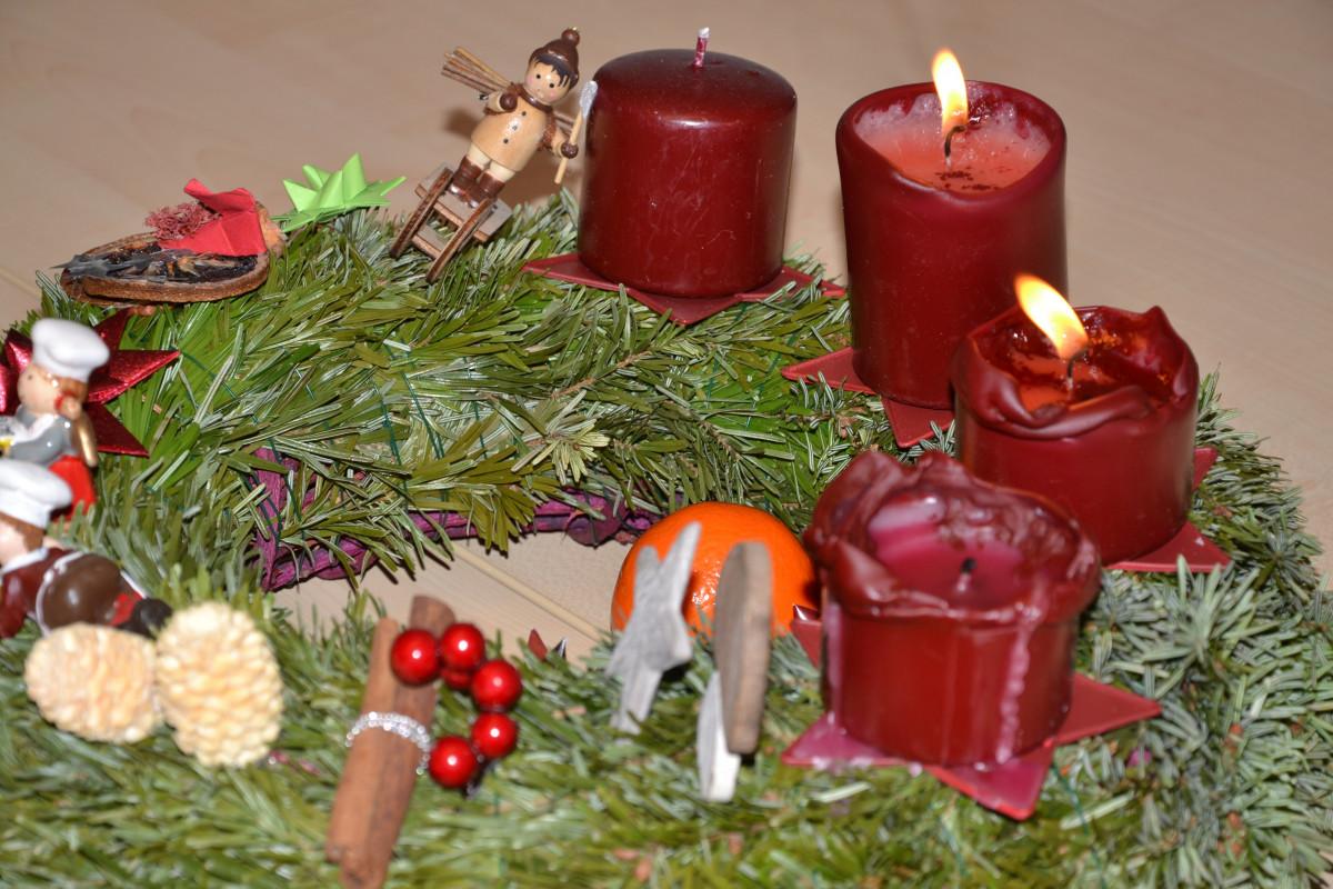 Adventskranz Bilder Kostenlos kostenlose foto adventskranz weihnachtsdekoration textil blume