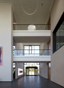 무료 이미지 : 건축물, 바닥, 천장, 홀, 정면, 재산, 직업적인, 인테리어 디자인, 상업용 건물 ...