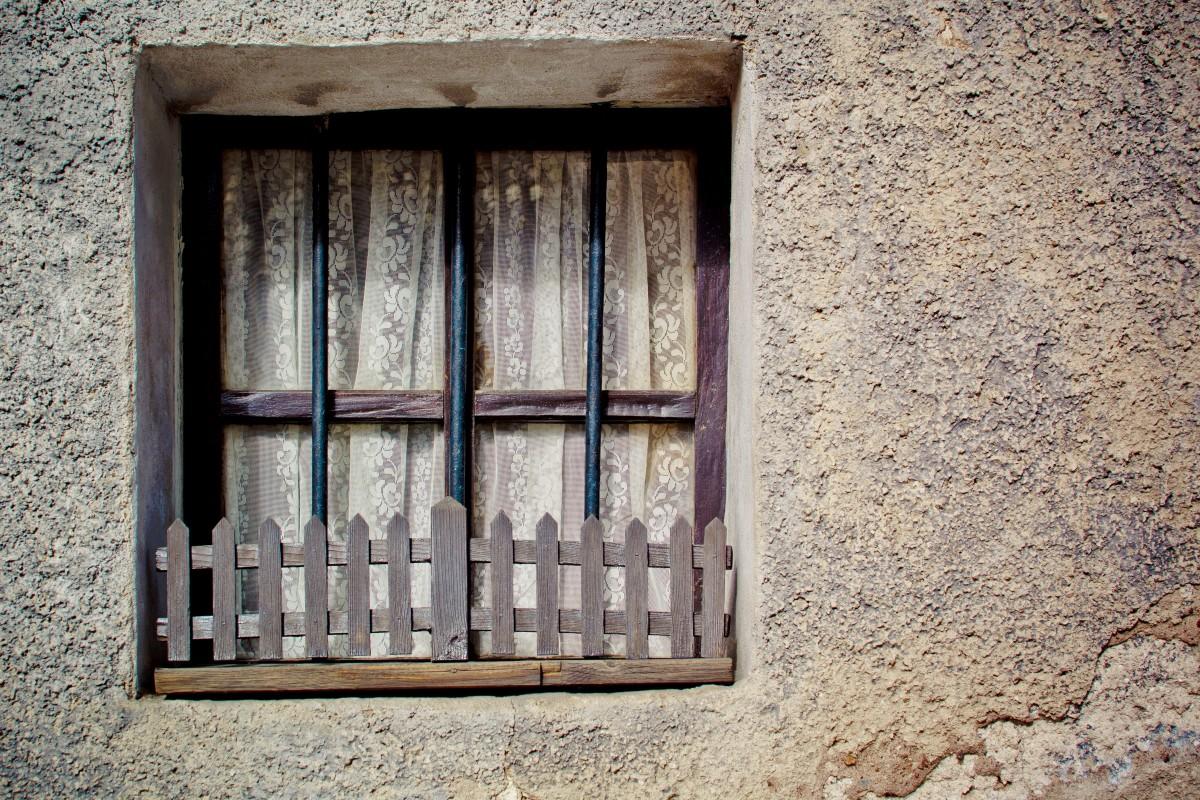 Images gratuites bois fen tre chien fa ade porte la for Decoration facade fenetre