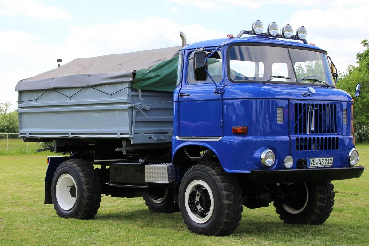 images gratuites transport un camion vieil homme historiquement ddr v hicule commercial. Black Bedroom Furniture Sets. Home Design Ideas
