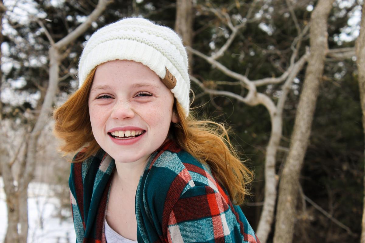 Fotos gratis : árbol, nieve, invierno, niña, cabello, fotografía ...