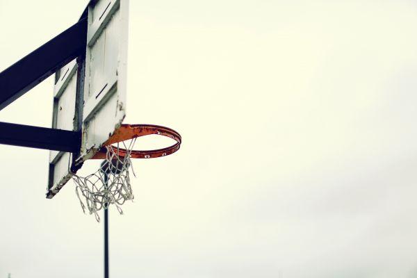light,wind,sport,line,basketball,machine