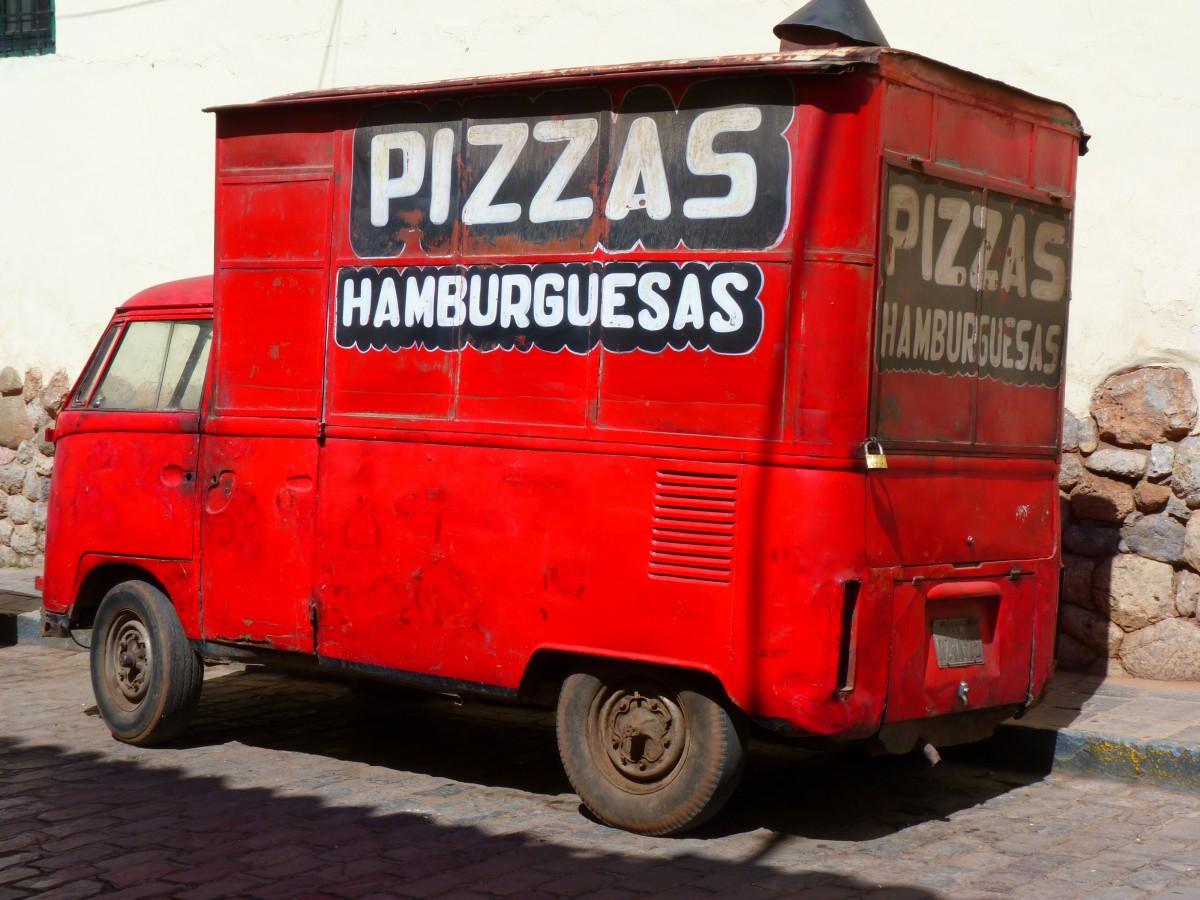 images gratuites voiture van un camion rouge pizza v hicule commercial service de pizza. Black Bedroom Furniture Sets. Home Design Ideas