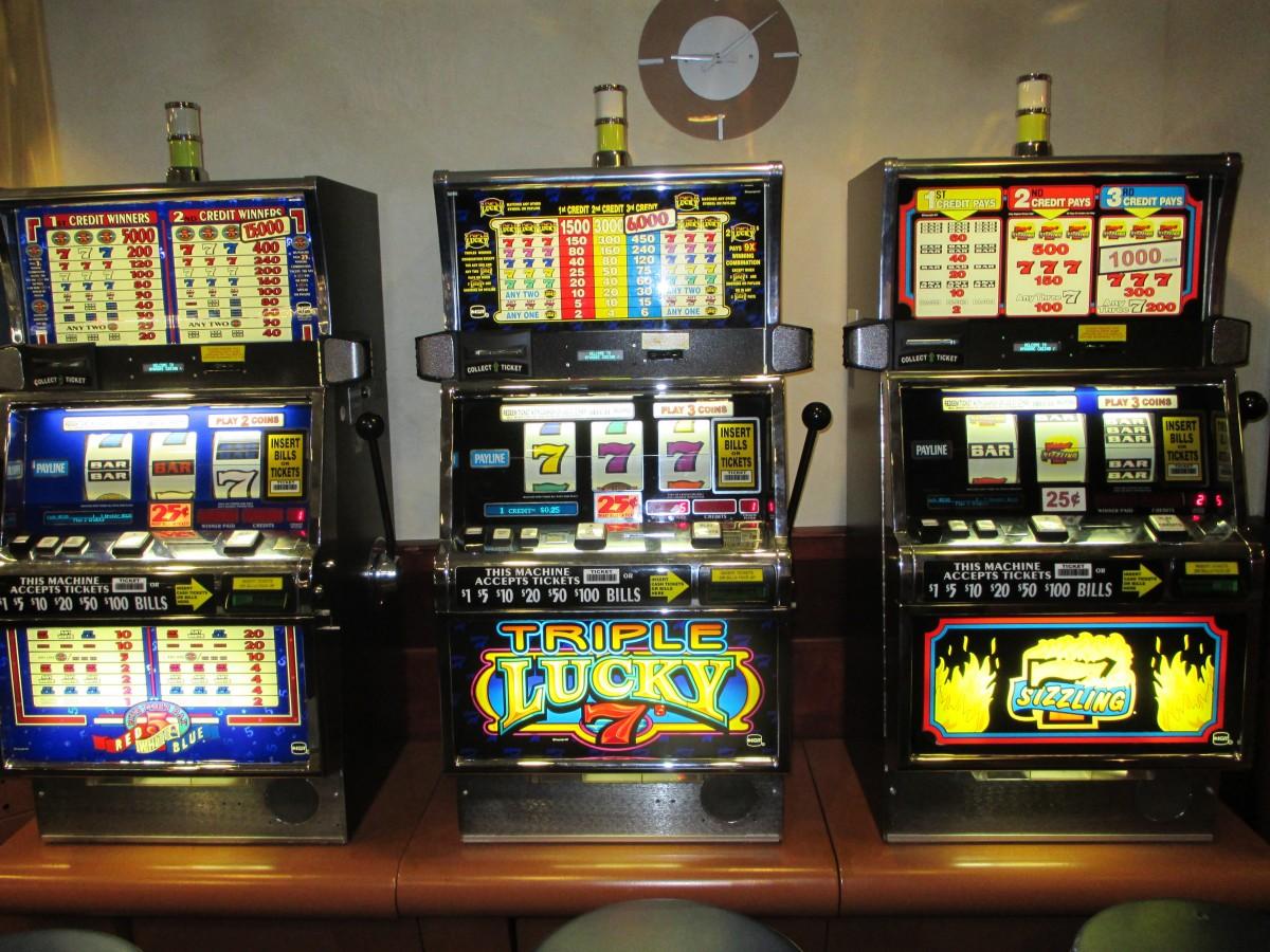 Игровые автоматы 2003 игра в карты пирамида играть бесплатно