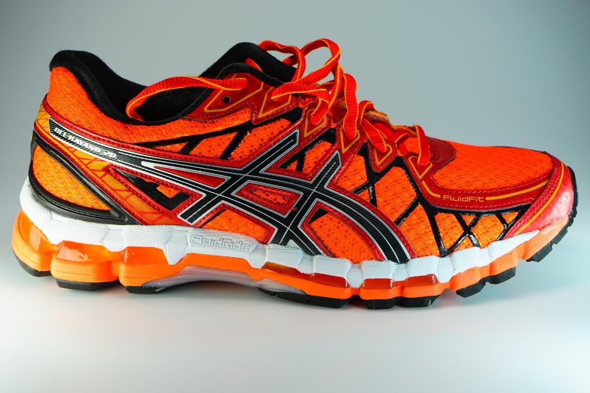 รูปภาพ : รองเท้าผ้าใบ, สีแดง, วิ่งออกกำลังกาย, สีเหลือง