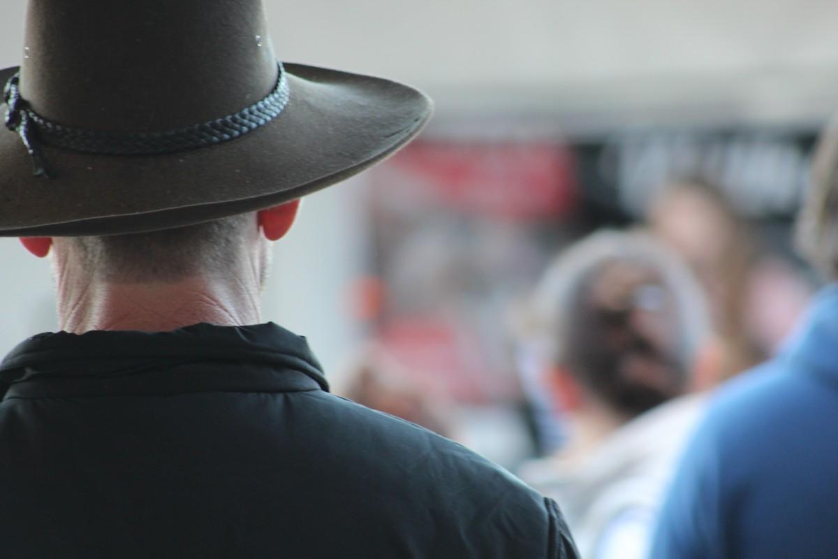 7c412ede393 muž kůže země mužský chlap keř venkovský ranč čepice pokrývka hlavy  Austrálie kovboj západní okraj jezdci
