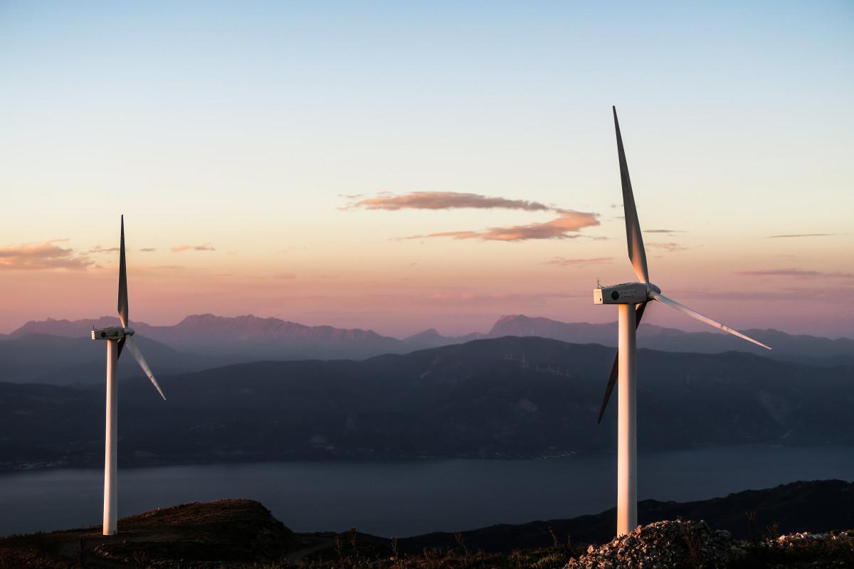water, sky, lake, windmill, wind, dawn, river, mountain range, dusk, machine, wind turbine, energy, mill, mountains, wind farm, windmills, wind turbines