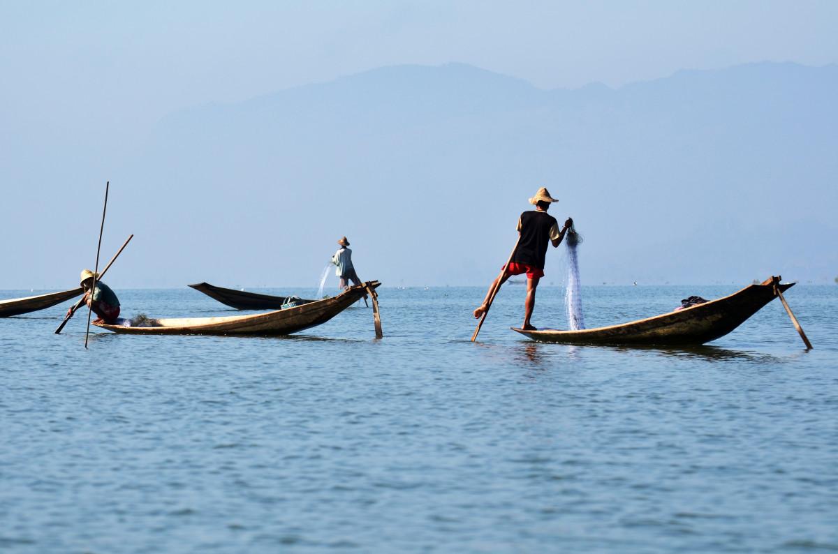 Free images coast boat wind canoe paddle vehicle for Fishing paddle boat