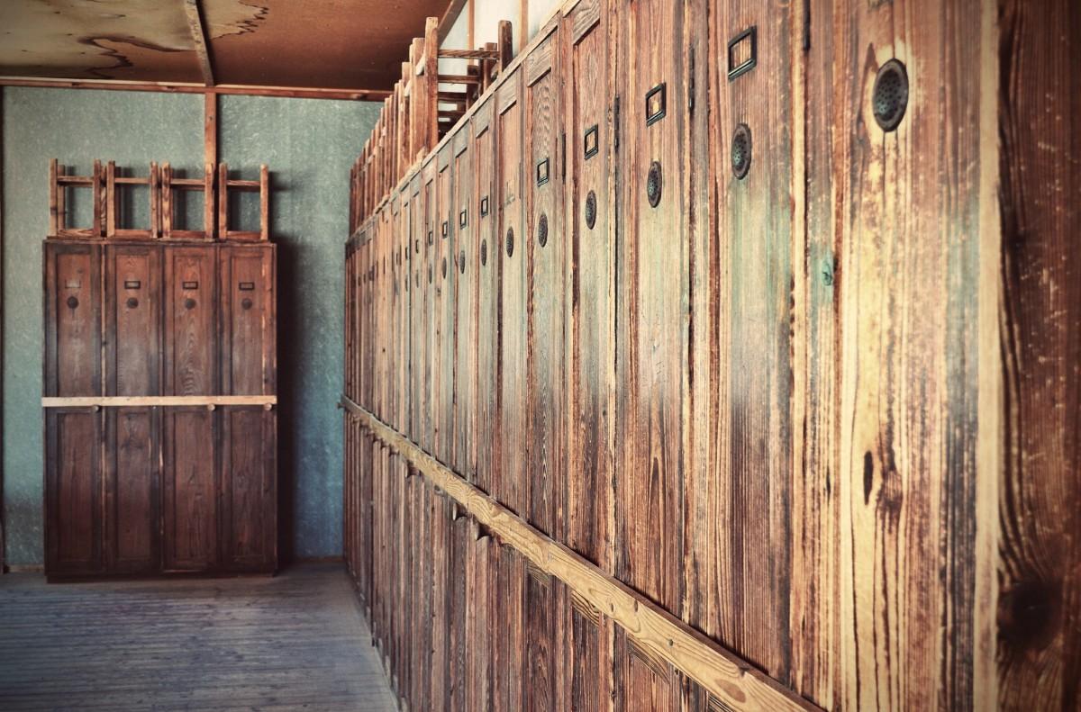 Gratis afbeeldingen wit huis muur dood deur interieur ontwerp gedenkteken geschiedenis for Hout huis