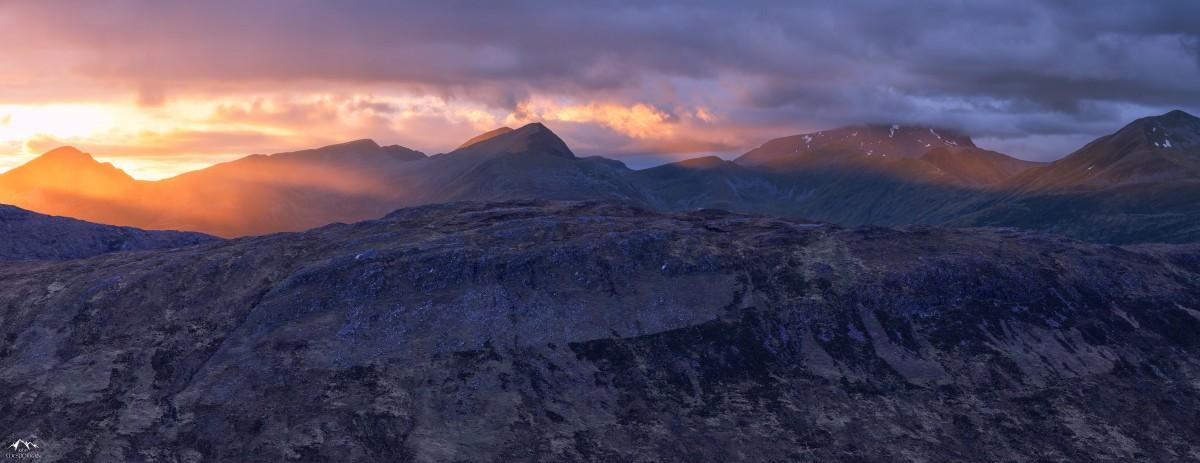 Images gratuites paysage montagne nuage lever du soleil le coucher du soleil aube cha ne - Photo coucher de soleil montagne ...