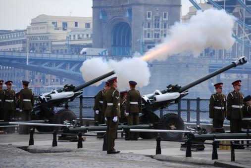 images gratuites   militaire  arm u00e9e  v u00e9hicule  ch u00e2teau