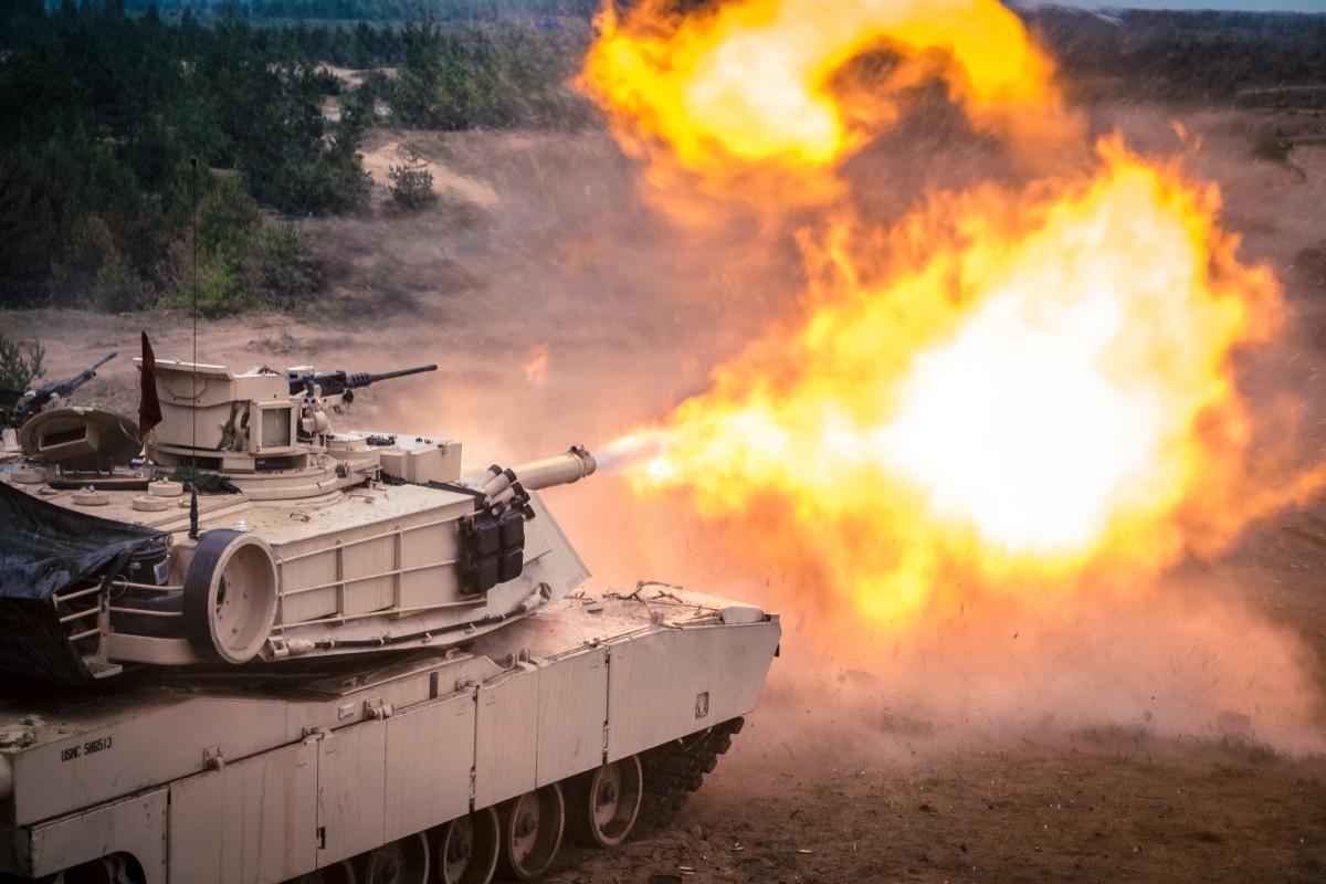 Выстрел из танка картинки