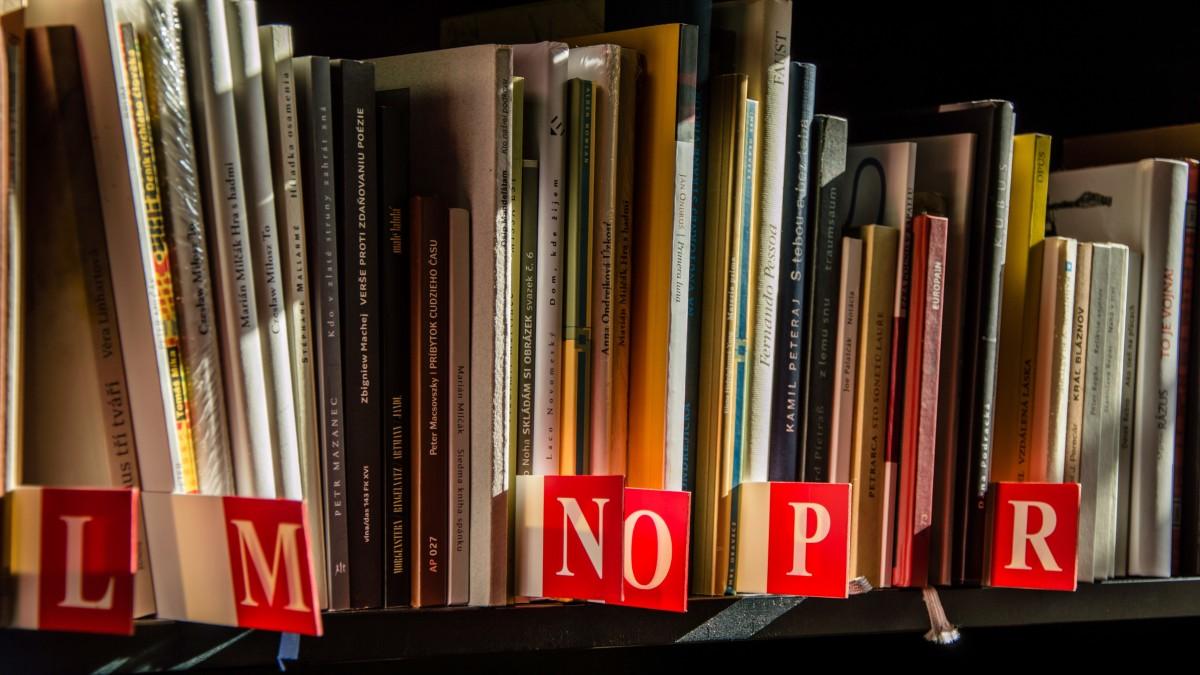 Book Read Reading Shop Alphabet Shelf