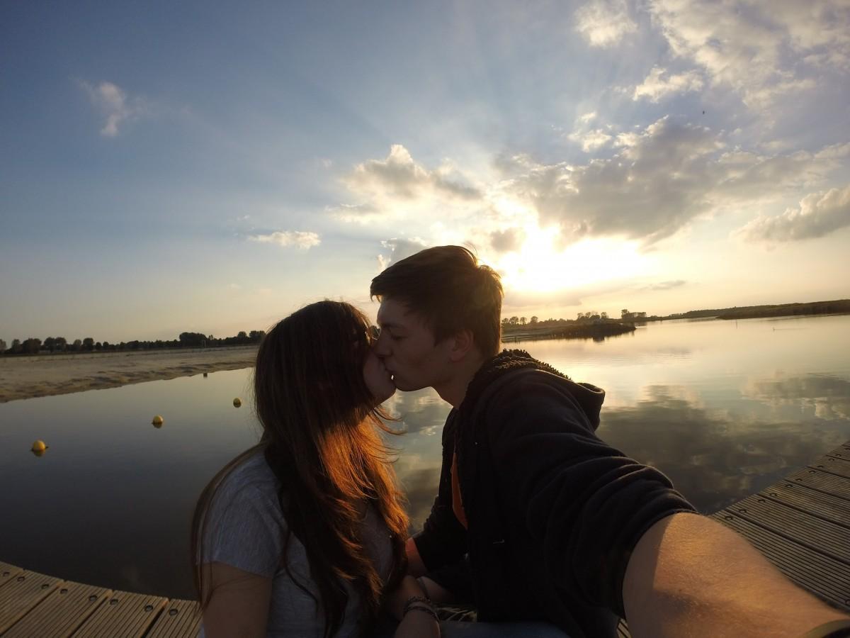 Рыжие целуются фото, Рыжеволосые очаровательные девчонки страстно 10 фотография