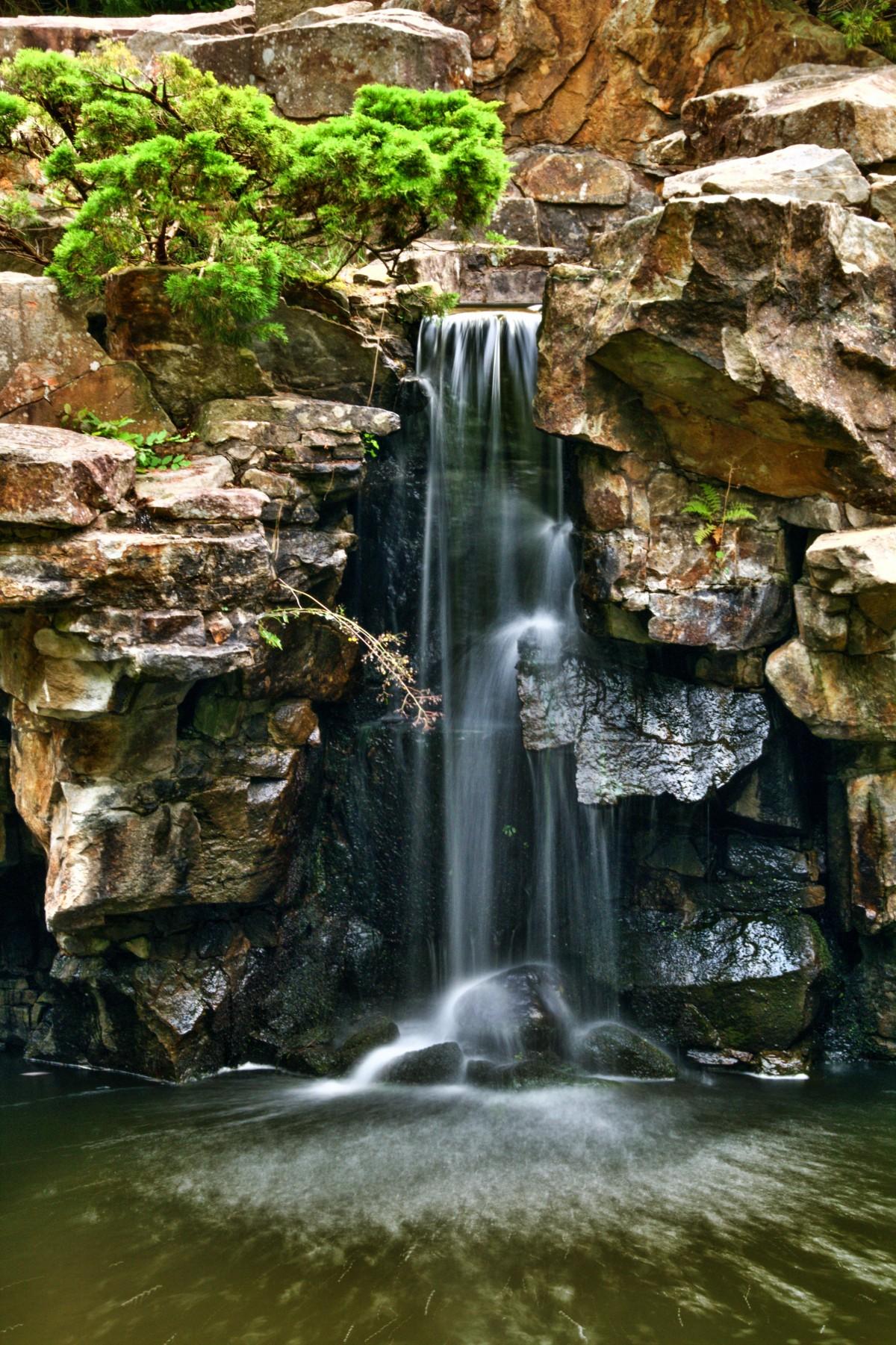 Fotos gratis paisaje naturaleza rock cascada r o for Cascada agua jardin