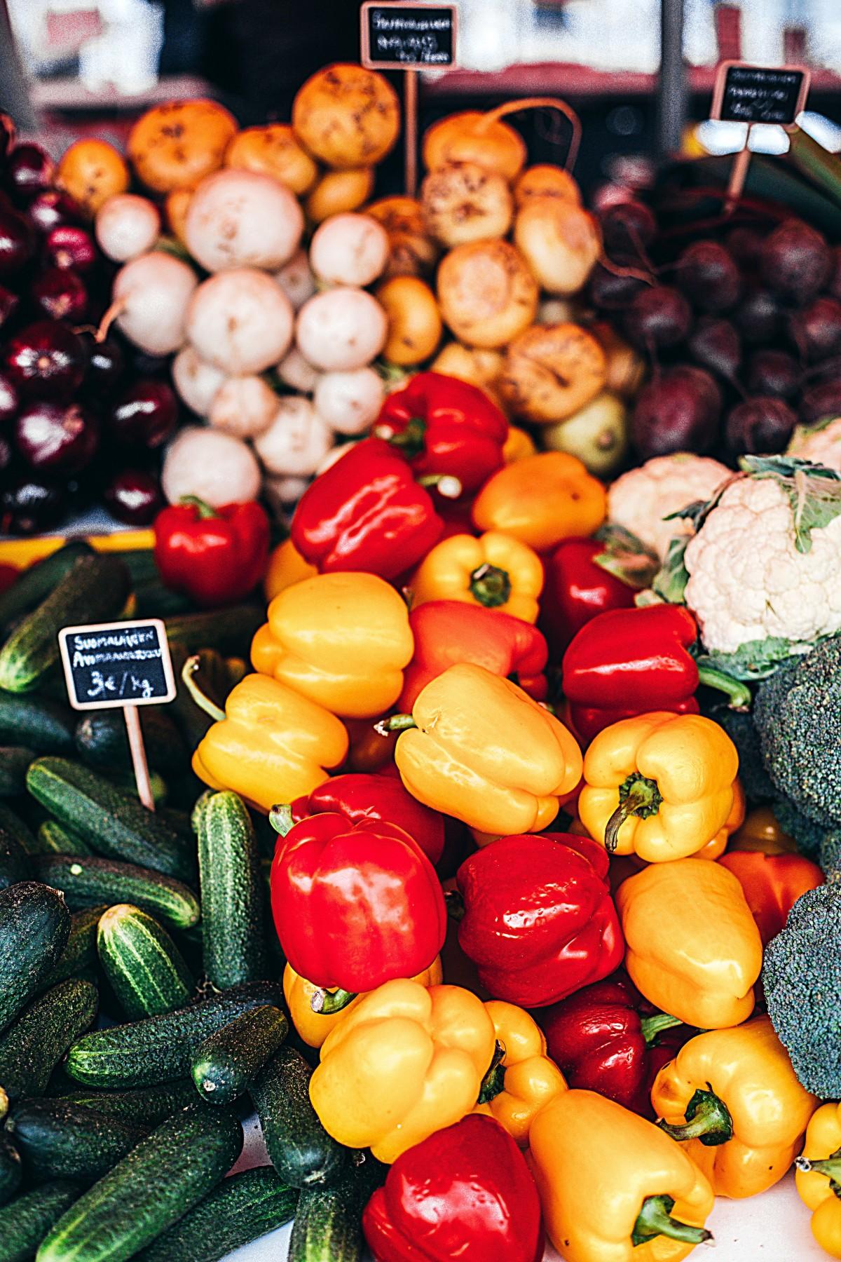 Натуральные продукты Овощной производить местная еда Пища фрукты Вегетарианская еда вся еда Диетическое питание Болгарский перец и перец чили Рынок Рынок