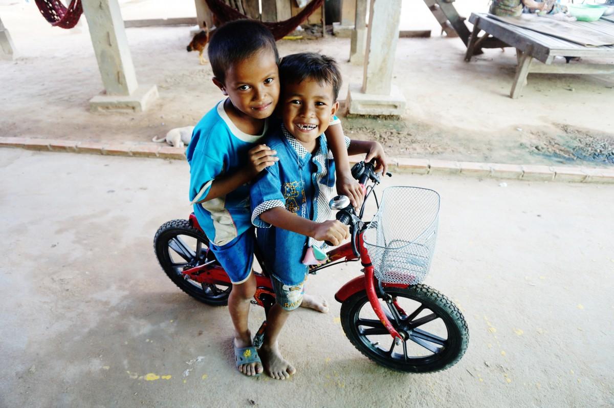 Gambar Orang Orang Orang Pedesaan Anak Laki Laki