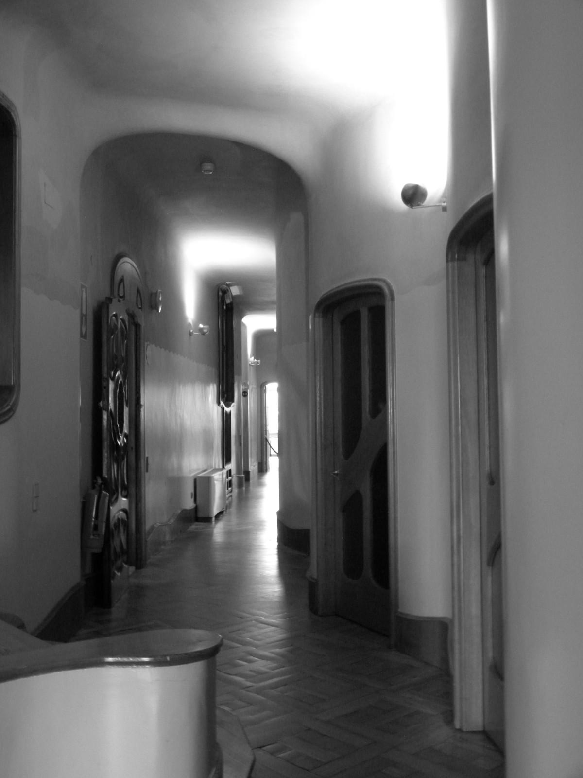 Fotos gratis ligero en blanco y negro arquitectura for Diseno de interiores espana