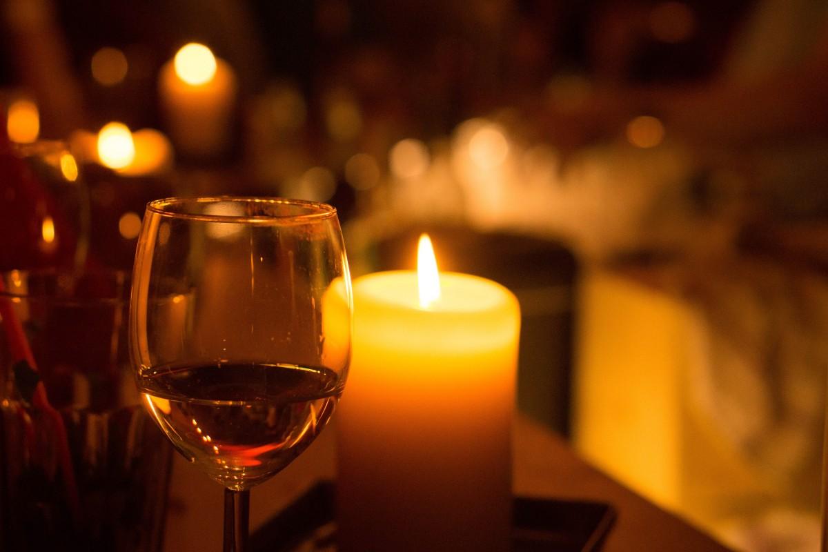 красивые картинки вино вечером этом сезоне помимо