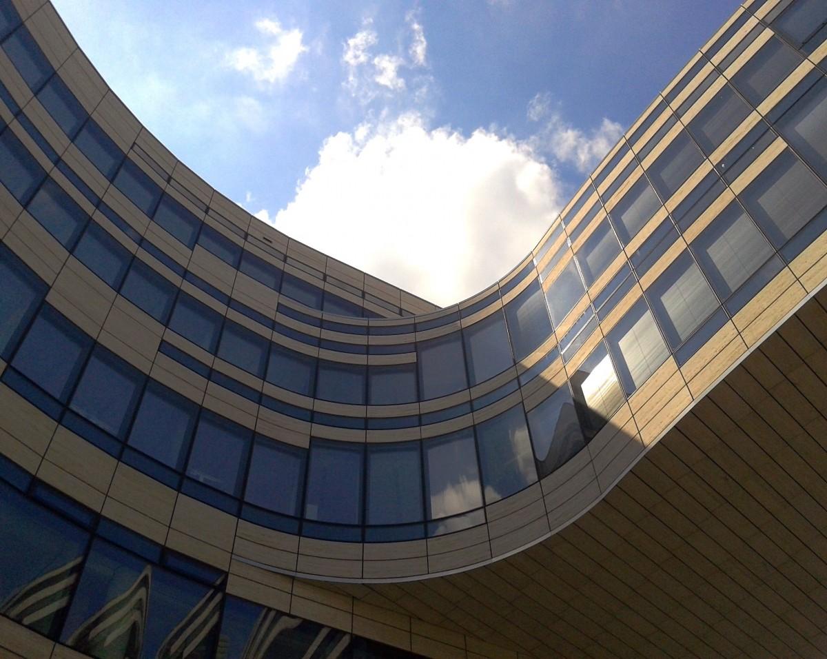Images gratuites architecture structure bois fen tre for Facade immeuble moderne