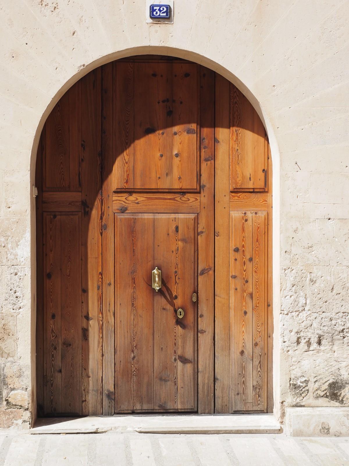 Fotos gratis madera antiguo arco mueble port n for Porton madera antiguo