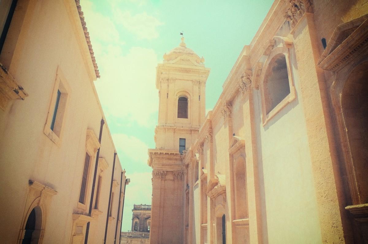 Images gratuites ville b timent palais place point for Architecture ancienne