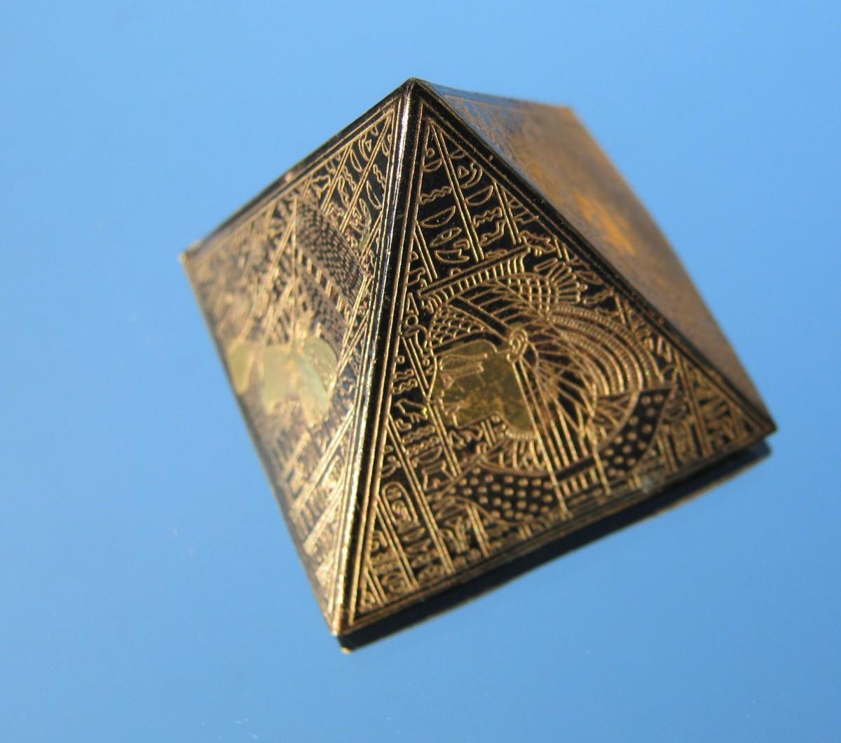 Лечебные пирамиды своими руками схемы фото