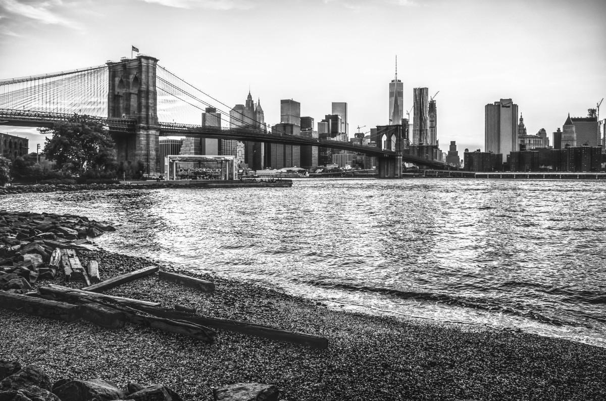 город фото черно белые мостовая