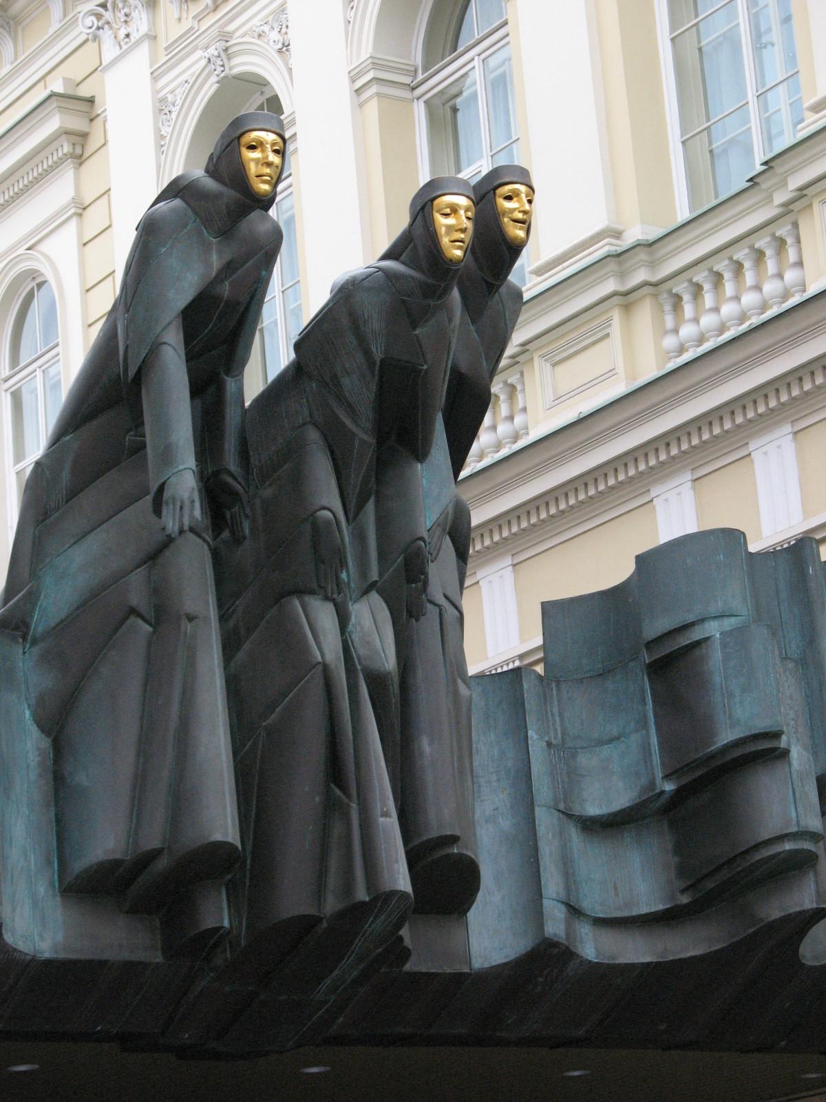 Fotos gratis : Monumento, estatua, escultura, teatro