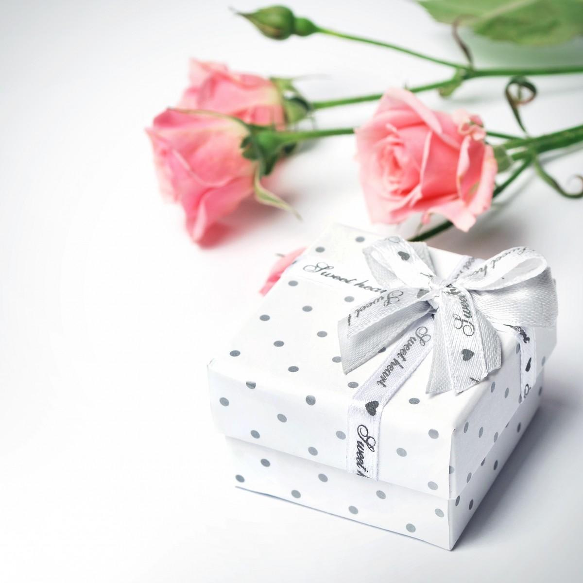Прикольные, красивые открытки подарки для женщин
