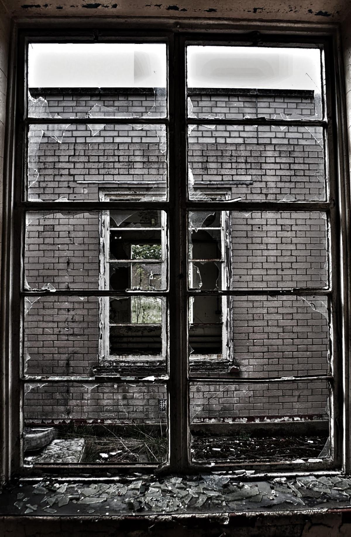 Broken Glass Window : Free images house hole window glass old barn wall