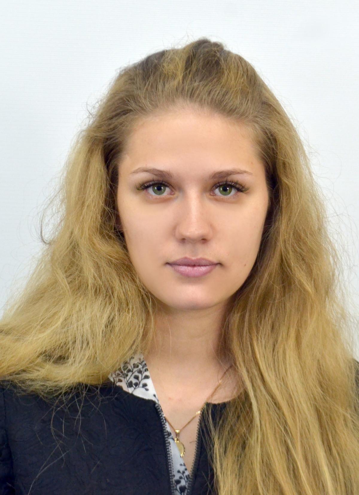 Následek hojení kůže, krása mladá žena před a po t — Stock