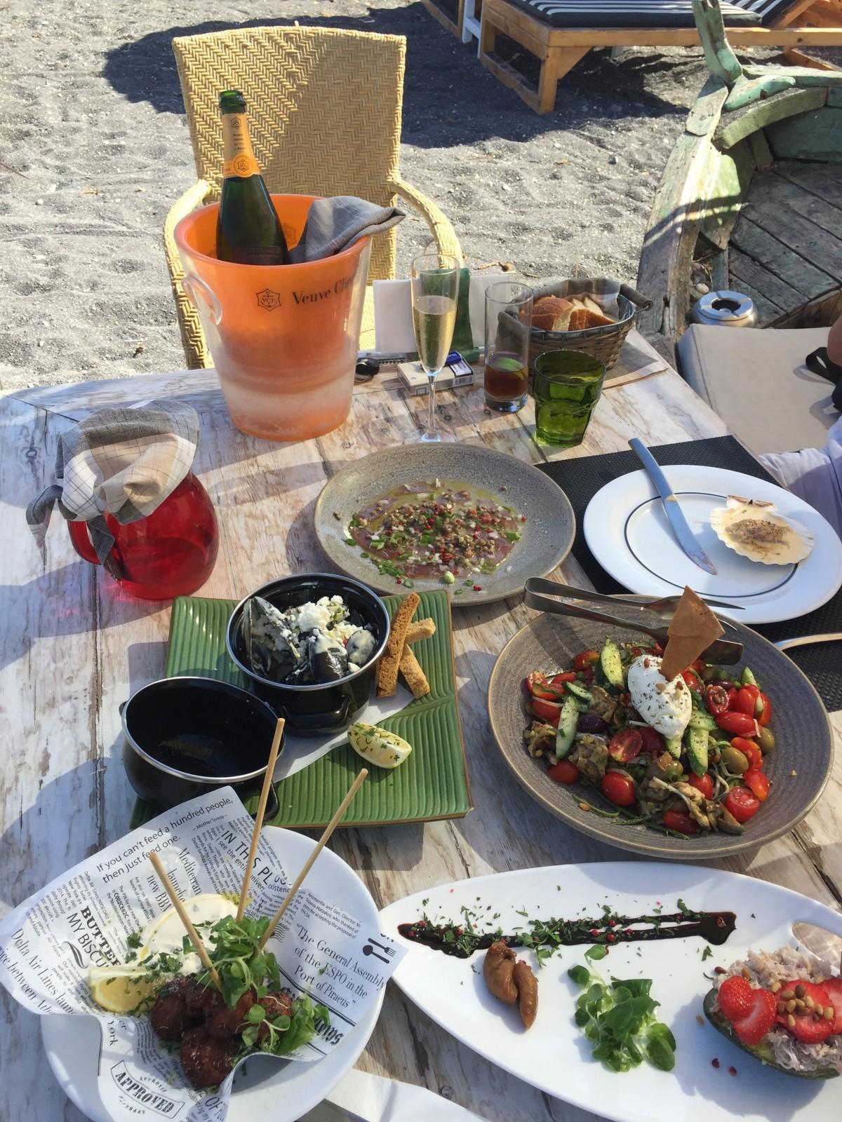 Fotos gratis restaurante plato comida compa erismo for Desayuno frances tradicional