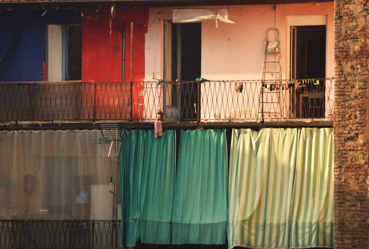Gambar : kayu, rumah, dinding, warna, tirai, desain ...