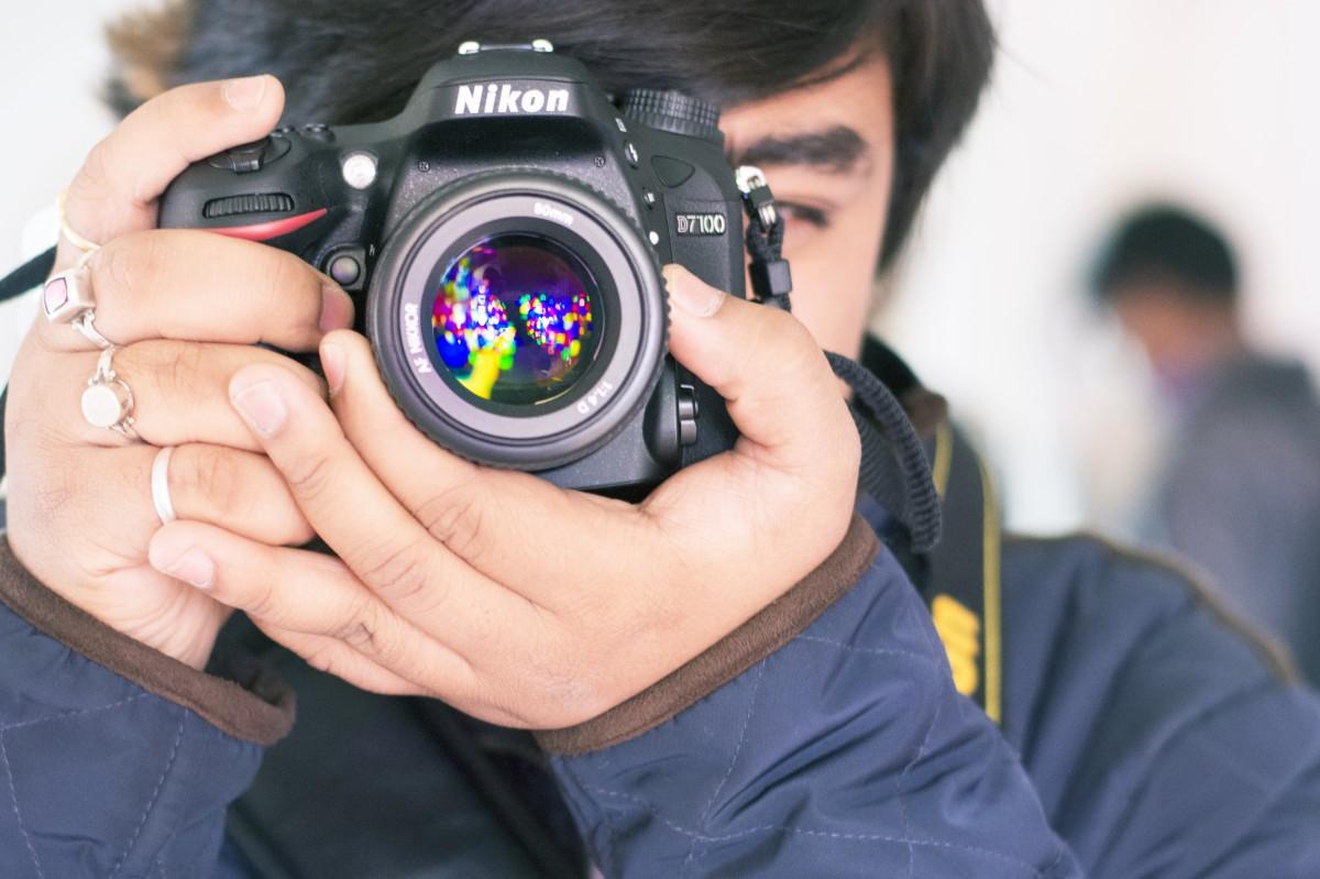 как понять слово зеркальный фотоаппарат вступал бой быком