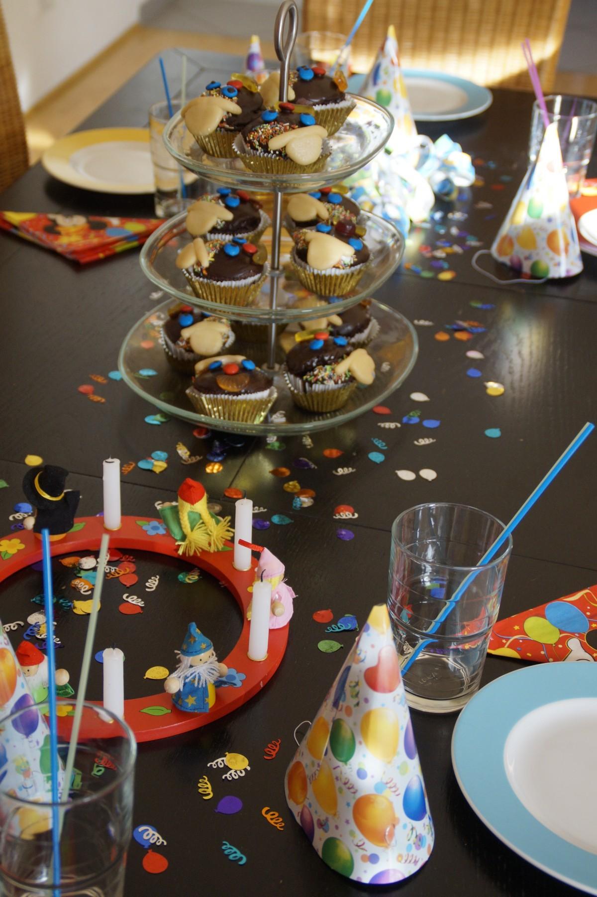 Kostenlose foto spielen blume feier lebensmittel for Alkohol dekoration