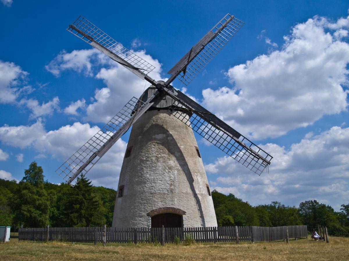 aile Moulin à vent vent bâtiment moudre énergie énergie éolienne moulin tour rotor Moulins à vent Moulins Préservation historique Ventre Musée du moulin